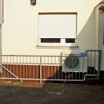 Außengerät Klimaanlage über Treppe