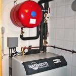 Waterkotte Wärmepumpe installiert Keller