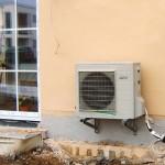 Außeneinheit Wärmepumpe Einfamilienhaus